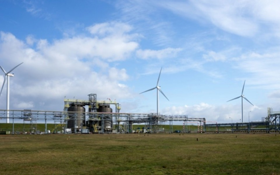 Nouryon and Gasunie study scale-up of green hydrogen project to meet aviation fuels demand
